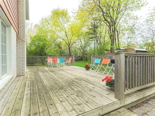 Detached at 44 Cobblestone Dr, Toronto, Ontario. Image 13