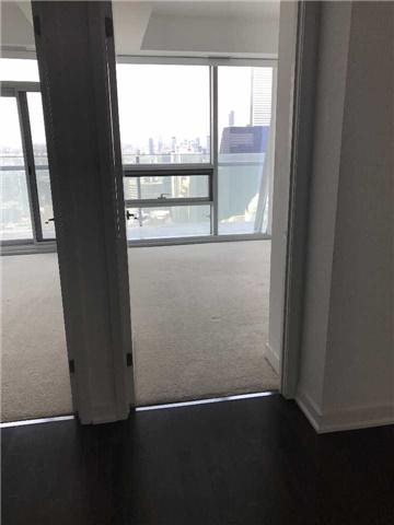 Condo Apartment at 12 York St, Unit 5409, Toronto, Ontario. Image 2