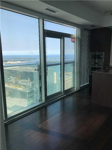 Condo Apartment at 12 York St, Unit 5409, Toronto, Ontario. Image 3