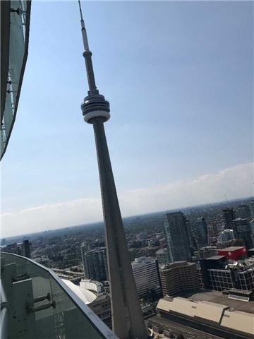 Condo Apartment at 12 York St, Unit 5409, Toronto, Ontario. Image 8