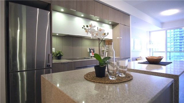 Condo Apartment at 170 Sumach St, Unit 1008, Toronto, Ontario. Image 5