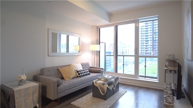 Condo Apartment at 170 Sumach St, Unit 1008, Toronto, Ontario. Image 8
