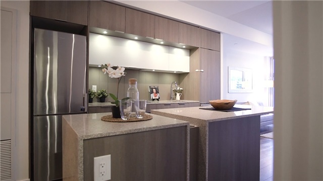 Condo Apartment at 170 Sumach St, Unit 1008, Toronto, Ontario. Image 3