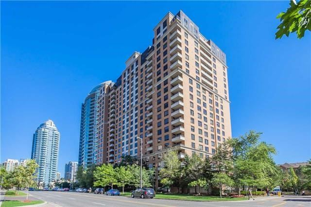 Condo Apartment at 18 Sommerset Way, Unit 515, Toronto, Ontario. Image 1