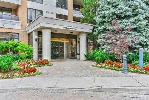 Condo Apartment at 18 Sommerset Way, Unit 515, Toronto, Ontario. Image 12