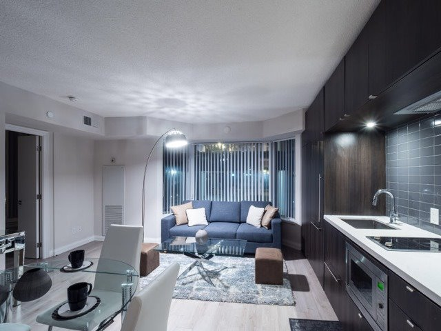 Condo Apartment at 155 Yorkville Ave, Unit 604, Toronto, Ontario. Image 7
