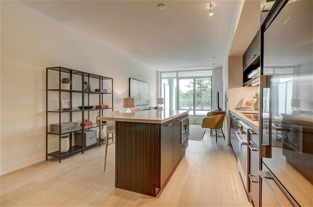 Condo Apartment at 925 Eglinton Ave W, Unit 301, Toronto, Ontario. Image 15