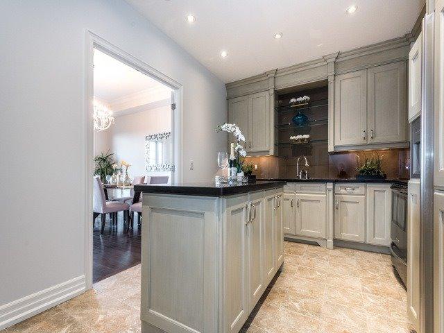 Condo Apartment at 21 Burkebrook Pl, Unit 408, Toronto, Ontario. Image 16