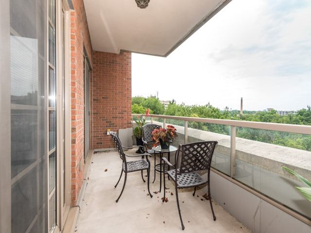 Condo Apartment at 21 Burkebrook Pl, Unit 408, Toronto, Ontario. Image 8