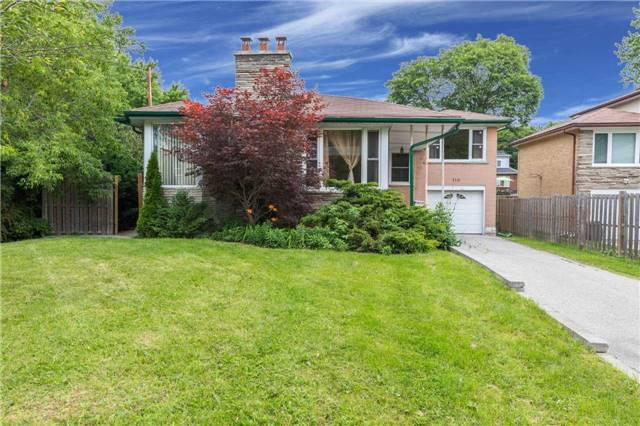 Detached at 110 Holcolm Rd, Toronto, Ontario. Image 1