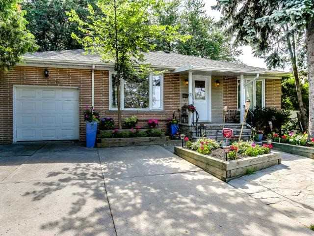 Detached at 66 Glenridge Ave, Toronto, Ontario. Image 1