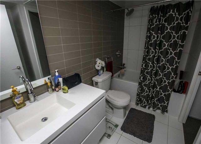 Condo Apartment at 75 Queens Wharf Rd, Unit 4612, Toronto, Ontario. Image 15