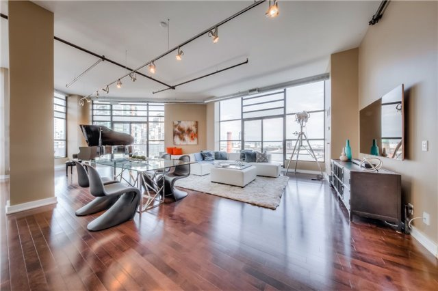 Condo Apartment at 43 Hanna Ave, Unit 511, Toronto, Ontario. Image 12