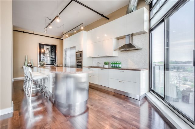 Condo Apartment at 43 Hanna Ave, Unit 511, Toronto, Ontario. Image 17
