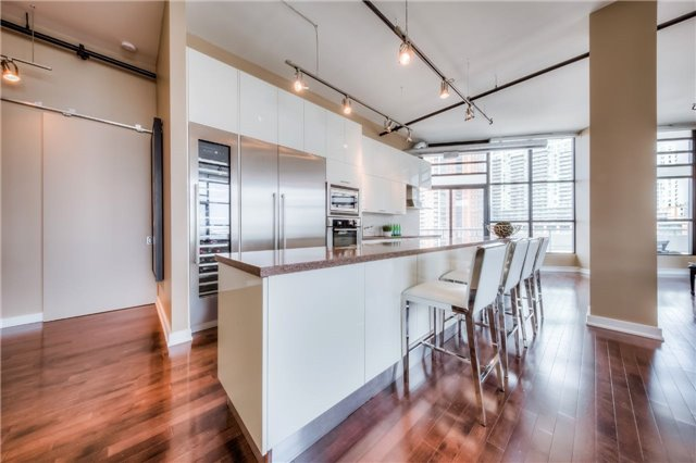 Condo Apartment at 43 Hanna Ave, Unit 511, Toronto, Ontario. Image 2