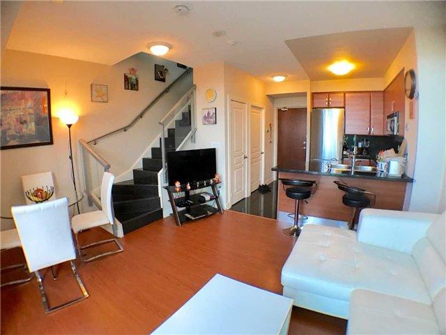 Condo Apartment at 1 Avondale Ave, Unit 1006, Toronto, Ontario. Image 1