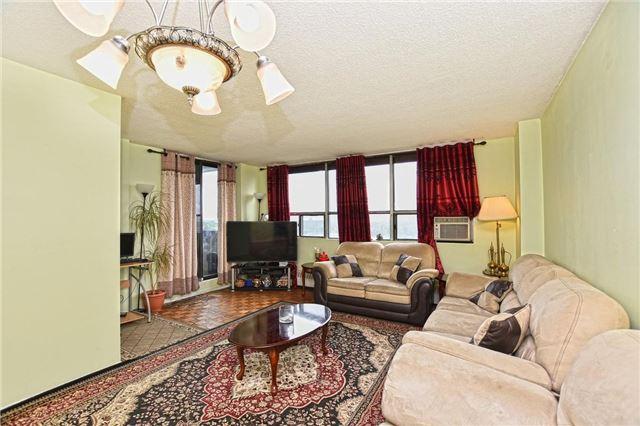 Condo Apartment at 45 Sunrise Ave, Unit 1205, Toronto, Ontario. Image 12