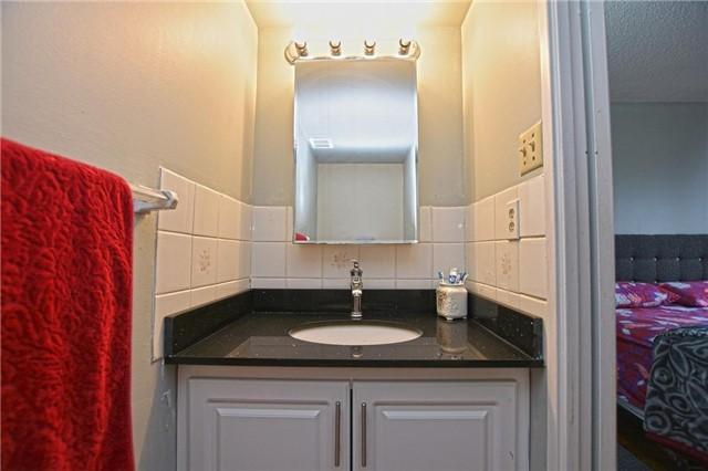 Condo Apartment at 45 Sunrise Ave, Unit 1205, Toronto, Ontario. Image 3