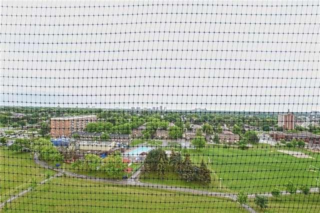 Condo Apartment at 45 Sunrise Ave, Unit 1205, Toronto, Ontario. Image 7