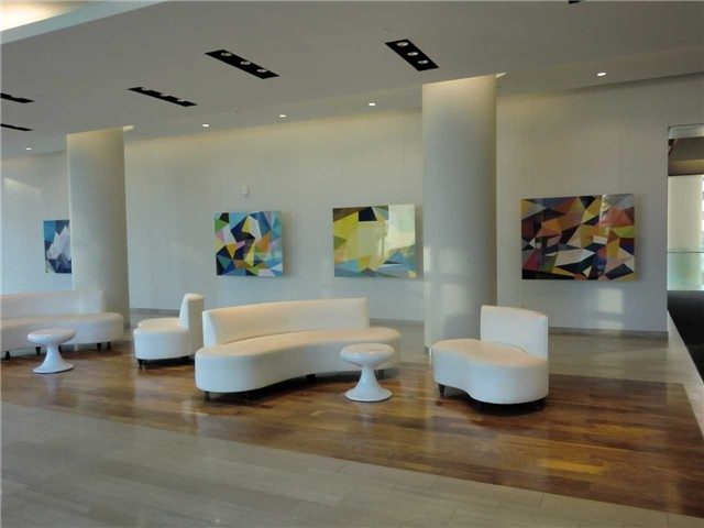 Condo Apartment at 70 Forest Manor Rd, Unit 905, Toronto, Ontario. Image 2