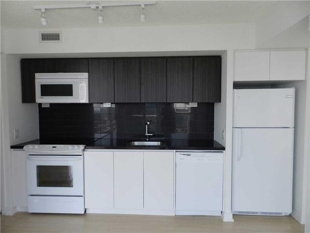 Condo Apartment at 85 Queens Wharf Rd, Unit 2912, Toronto, Ontario. Image 2