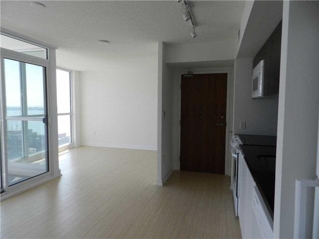 Condo Apartment at 85 Queens Wharf Rd, Unit 2912, Toronto, Ontario. Image 4