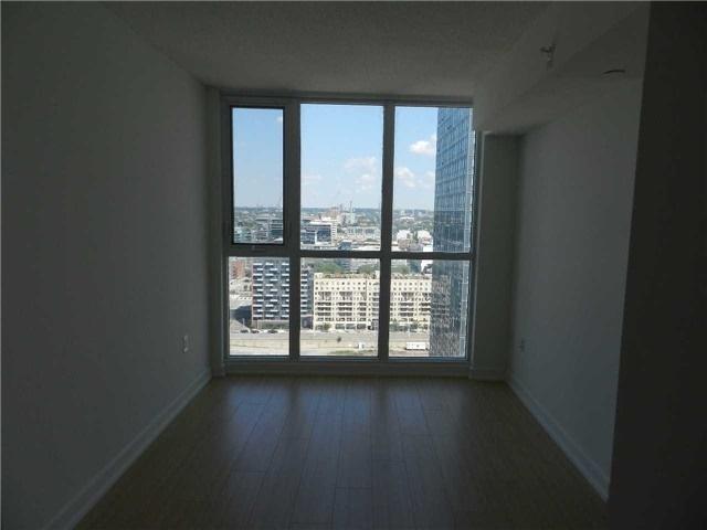 Condo Apartment at 85 Queens Wharf Rd, Unit 2912, Toronto, Ontario. Image 5