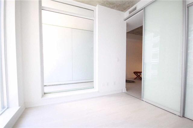 Condo Apartment at 20 Gladstone Ave, Unit 503, Toronto, Ontario. Image 16