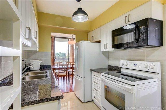 Condo Apartment at 260 Seneca Hill Dr, Unit 802, Toronto, Ontario. Image 20