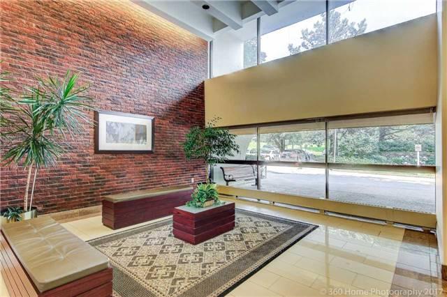 Condo Apartment at 260 Seneca Hill Dr, Unit 802, Toronto, Ontario. Image 10