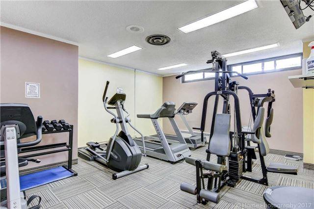 Condo Apartment at 260 Seneca Hill Dr, Unit 802, Toronto, Ontario. Image 13