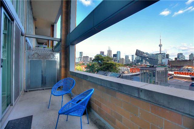 Condo Apartment at 160 Baldwin St, Unit 420, Toronto, Ontario. Image 14