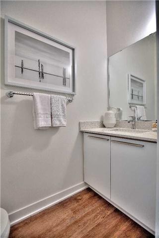 Condo Apartment at 160 Baldwin St, Unit 420, Toronto, Ontario. Image 5
