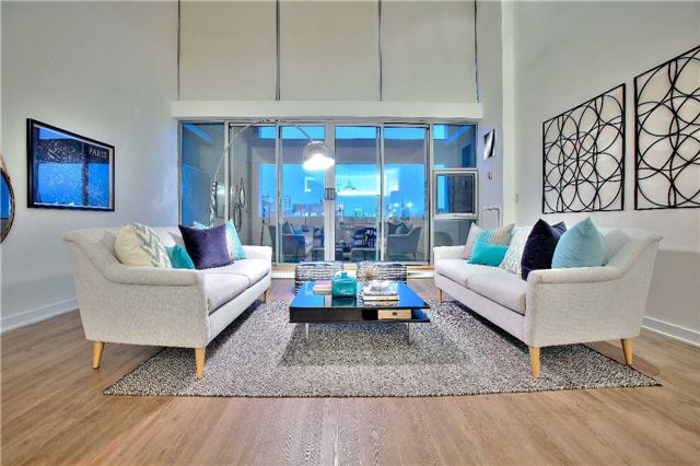 Condo Apartment at 160 Baldwin St, Unit 420, Toronto, Ontario. Image 7