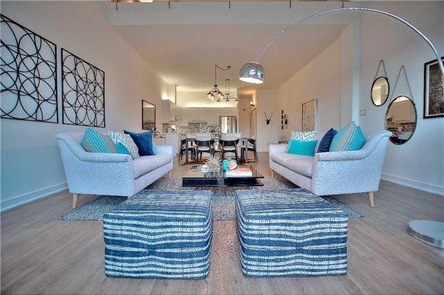Condo Apartment at 160 Baldwin St, Unit 420, Toronto, Ontario. Image 9
