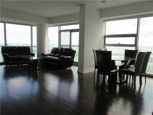 Condo Apartment at 12 York St, Unit 4504, Toronto, Ontario. Image 3