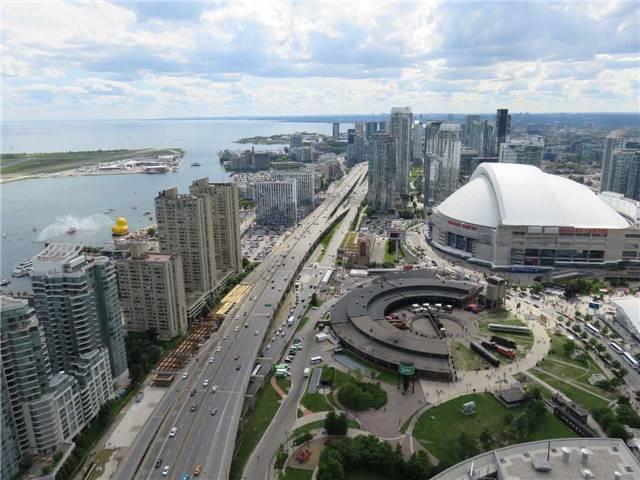 Condo Apartment at 12 York St, Unit 4504, Toronto, Ontario. Image 7