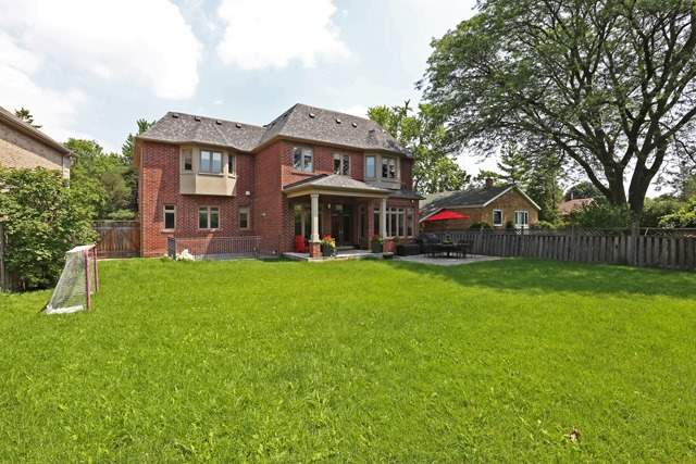 Detached at 44 Southwell Dr, Toronto, Ontario. Image 10