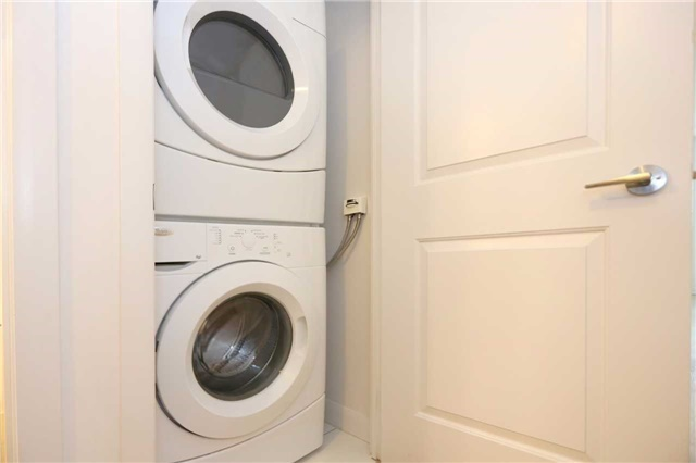 Condo Apartment at 5162 Yonge St, Unit 1107, Toronto, Ontario. Image 5