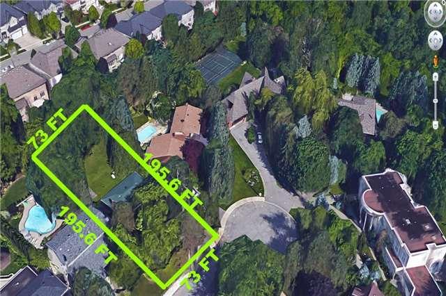 Detached at 30 Fleming Dr, Toronto, Ontario. Image 12