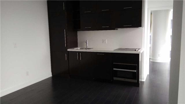 Condo Apartment at 1080 Bay St, Unit 4008, Toronto, Ontario. Image 8