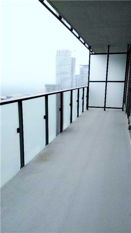 Condo Apartment at 1080 Bay St, Unit 4008, Toronto, Ontario. Image 10