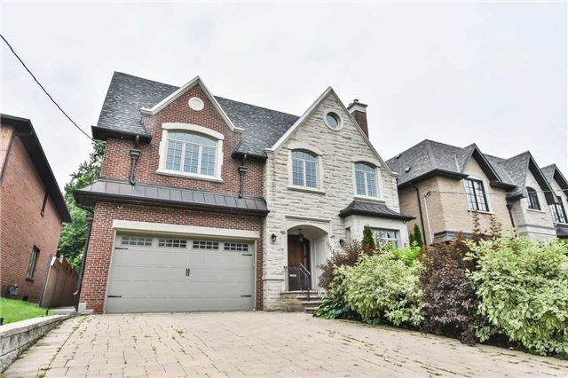 Detached at 14 Birchwood Ave, Toronto, Ontario. Image 1