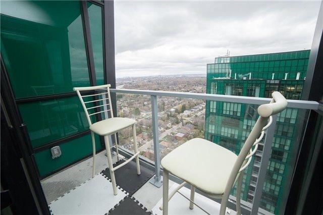Condo Apartment at 9 Bogert Ave, Unit 3604, Toronto, Ontario. Image 10