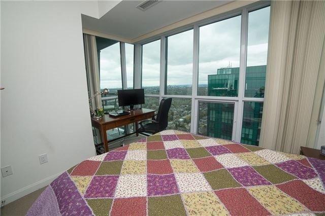 Condo Apartment at 9 Bogert Ave, Unit 3604, Toronto, Ontario. Image 12