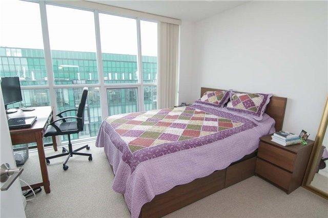 Condo Apartment at 9 Bogert Ave, Unit 3604, Toronto, Ontario. Image 13