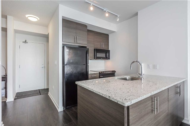 Condo Apartment at 70 Forest Manor Rd, Unit 2805, Toronto, Ontario. Image 9