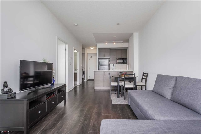 Condo Apartment at 70 Forest Manor Rd, Unit 2805, Toronto, Ontario. Image 11