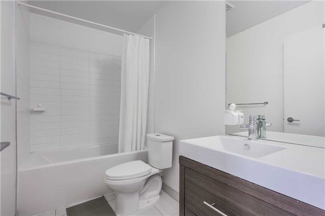 Condo Apartment at 70 Forest Manor Rd, Unit 2805, Toronto, Ontario. Image 16