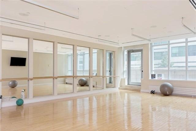 Condo Apartment at 2191 Yonge St, Unit 3012, Toronto, Ontario. Image 2